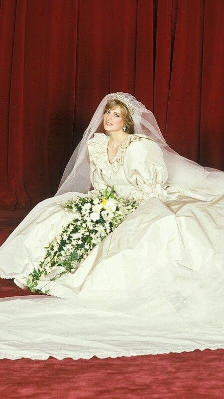 Свадебный образ Принцессы Дианы, 1981 г.