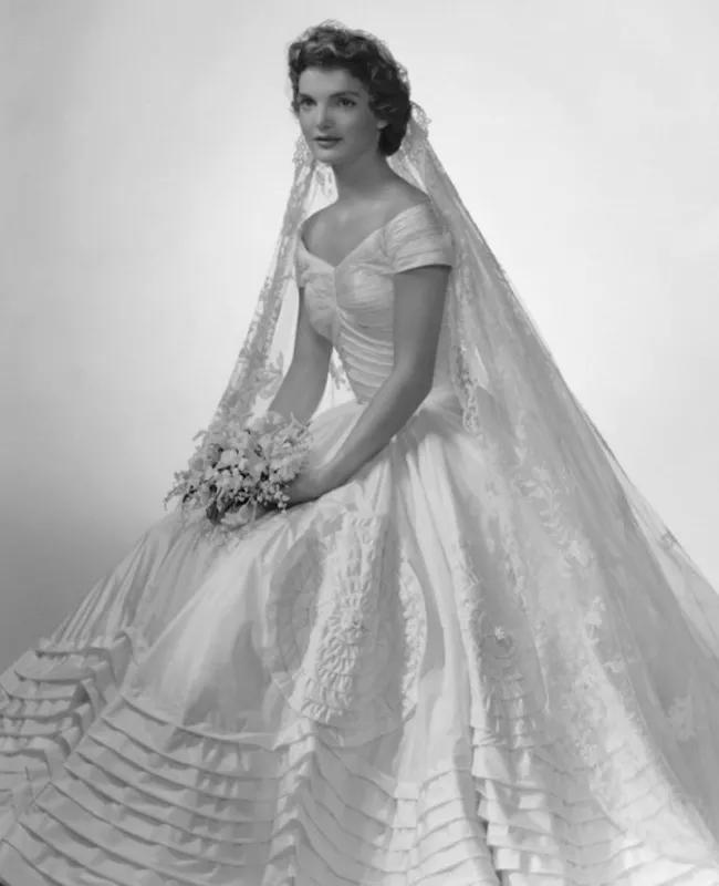 Свадебный образ Джеки Кеннеди, 1953 г.