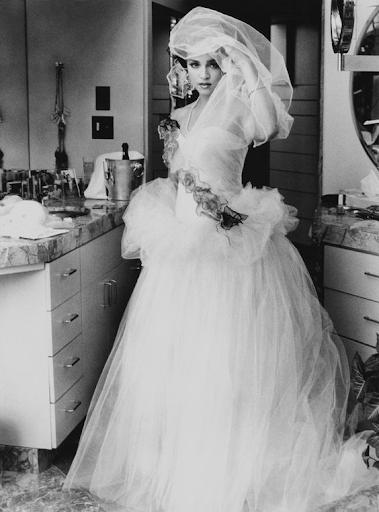 Образ Мадонны, свадьба с Шоном Пенном